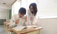 「挿れて…」教え子に爆乳を押し当て誘惑する淫乱女教師