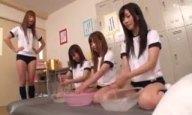 「シゴき上げ開始ー!」名門ローション部のブルマJK達が生チンポを使った実演練習!