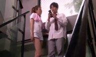 パイパンなハーフ女教師が保健室で生徒の肉棒に跨がりヨガりイキ