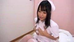 黒髪清楚系の美女ナースに病室でオナニーしてるの見られハプニングSEX?!