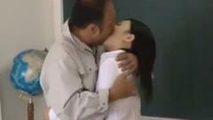 h3黒髪清楚の女教師が用務員のおっさんに調教レイプされ自らチンポ咥える性奴隷に…/h3