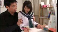 <h3>受験生の巨乳JKが家庭教師にレイプされる</h3>