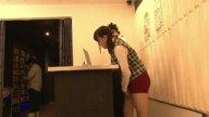 ネットカフェで働く巨乳店員を個室で痴漢レイプ